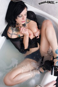 nasty gothic slut in the bath tub
